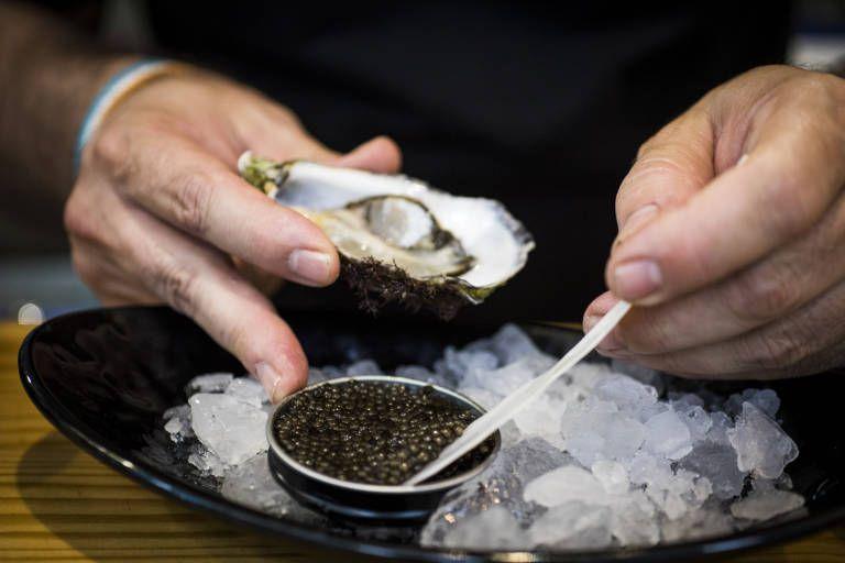 ¿Cómo se consume de forma correcta el caviar?
