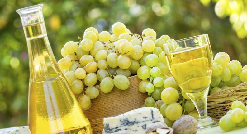 Acompañar de un buen vino blanco.