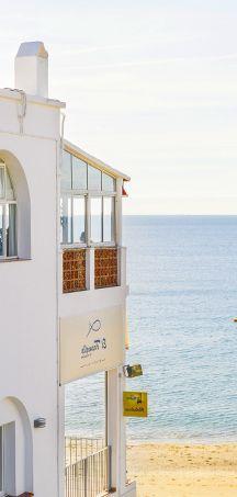 Lugares con encanto para comer marisco en Cádiz.