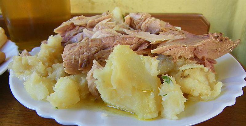 comer buena melva en Sanlúcar.