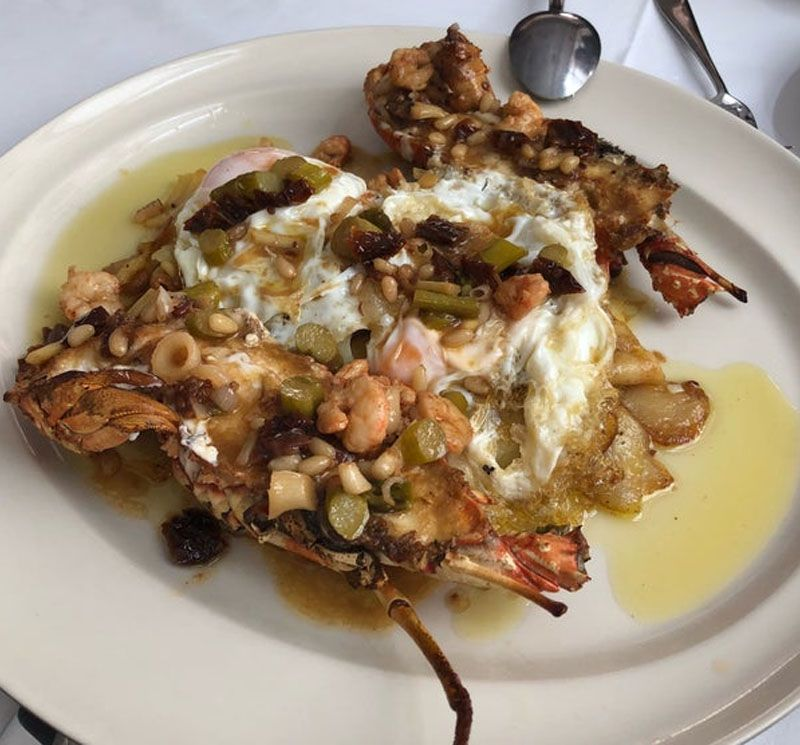 Deleitate comiendo mariscos en Restaurant Santi