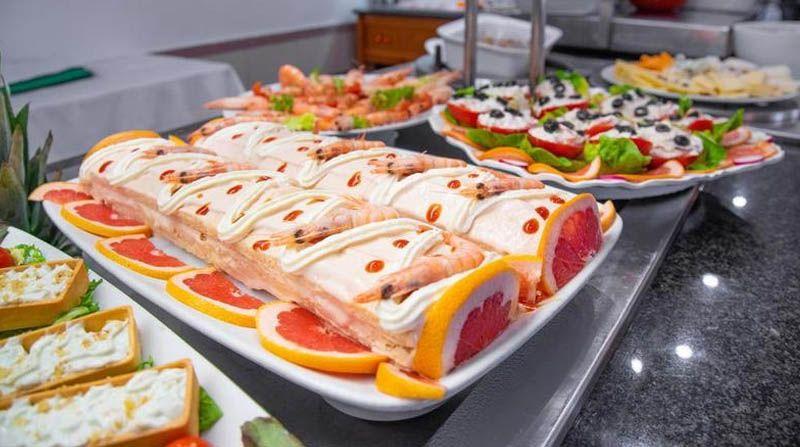 Uno de los mejores lugares para comer mariscos en es el Pato Rojo