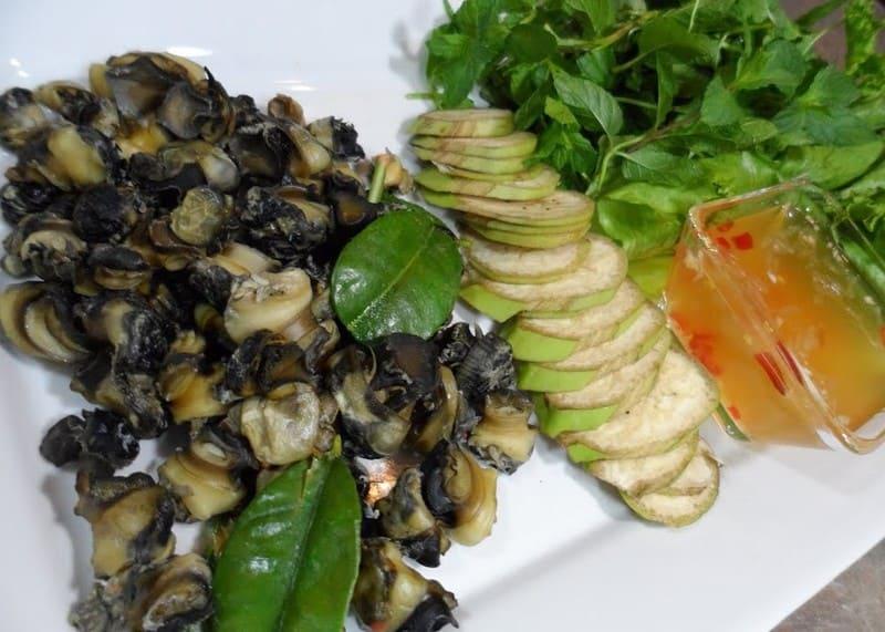 Bigaros con ensalada en Agurpesca