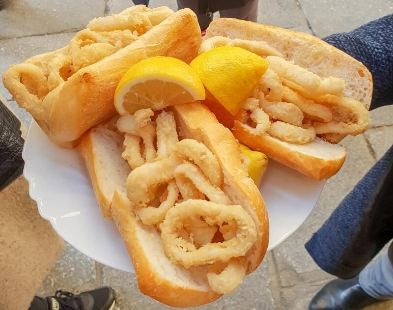 Deliciosos aperitivos y platos en Bar Teruel