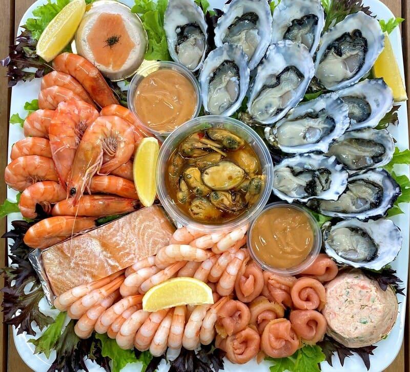 Comer mariscos en Ola de Mar